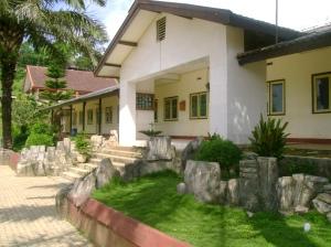 SMP 1 Nawangan Tampak dari Utara